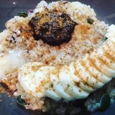 Budinca de quinoa pentru micul dejun